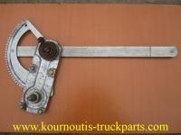 Μεταχειρισμένος γρύλος παραθύρου - πόρτας για φορτηγό Mercedes-Benz 814